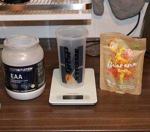 Man kan blanda guarana pulver med EAA