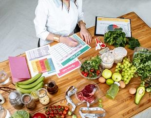 Räkna kalorier i mat och gå ner i vikt